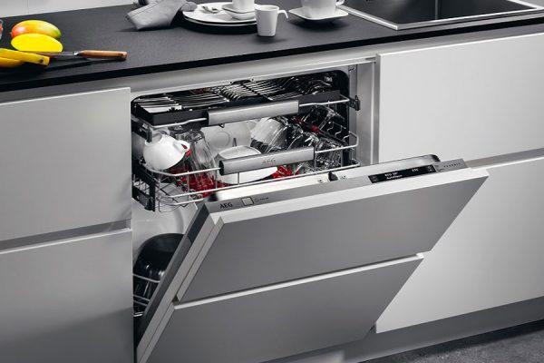 assistenza-lavastoviglie-napoli-arenella-manutenzione-riparazioni-ricambi-originali